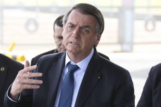 Sistema elétrico irá colapsar se não privatizar Eletrobras, diz Bolsonaro
